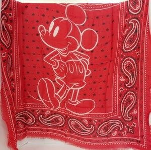 RARE NEW LIMITED F59464 MICKEY DISNEY SCARF